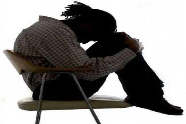بررسی رابطه افسردگی و هیستری در بین زنان حدود سنی 35 ساله